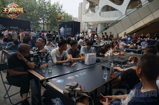 王者荣耀城市赛南方区YTG战队力压群雄夺冠